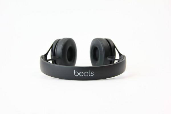 Beats by Dr. Dre EP On-Ear kabelgebunden schwarz Kopfhörer Geräuschisolierung